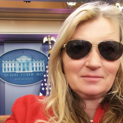 Anna WildingWhite House- hey doesn't Joe Biden have the same glasses?